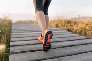 50多岁每天早晨健步走4公里晚上慢跑3公里运动量是大是小